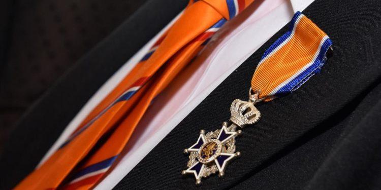 13 Koninklijke onderscheidingen en 8 jeugdlintjes