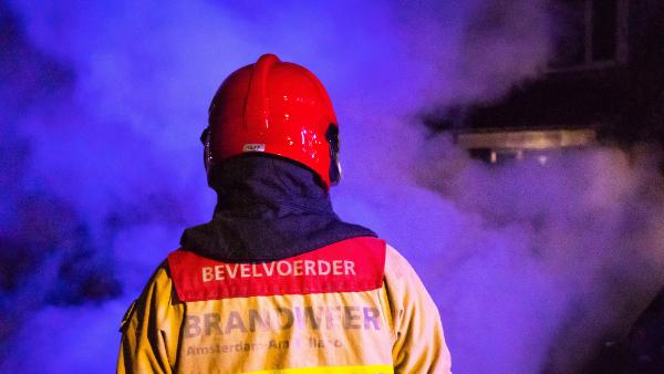 Grote brand op Saturnushof in Hoorn | 15 juli 2020 01:37