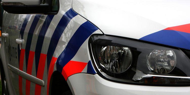 Voertuigbrand op Waterpoort in Hoorn   25 juli 2020 07:20