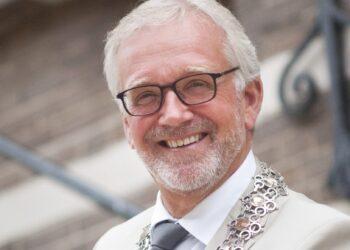 Burgemeester Bruinooge van Alkmaar stopt per 1 oktober