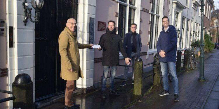 Monumentenprijs Oud Hoorn voor Huis met de drie Egeltjes