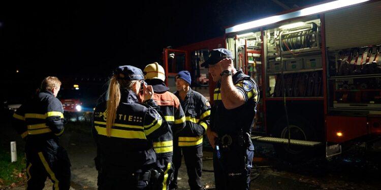 Politie vermoed brandstichting bij grote brand Hoefblad Zwaag; 'Wij zoeken getuigen en beelden'