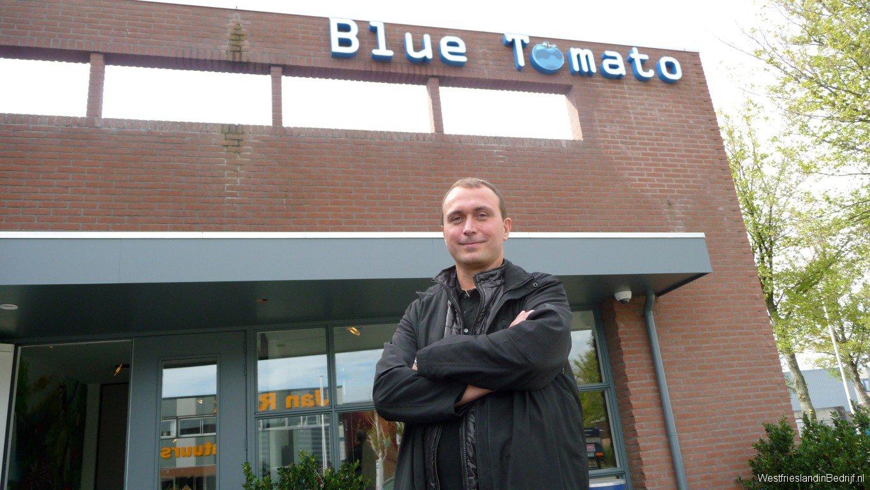 John Elbers_Blue Tomato
