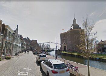 Meer ruimte voor terrassen minder voor auto's in binnenstad Enkhuizen