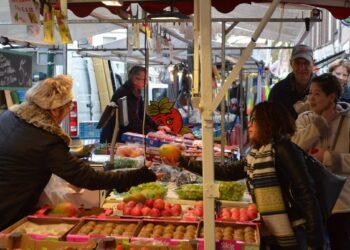 Terugkeer Non-food met meer ruimte op Hoornse zaterdagmarkt